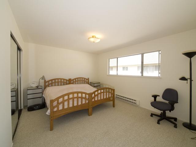 Bedroom (B)
