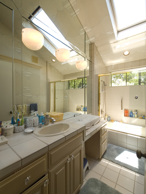 Bathroom1  - 575 Madison Way