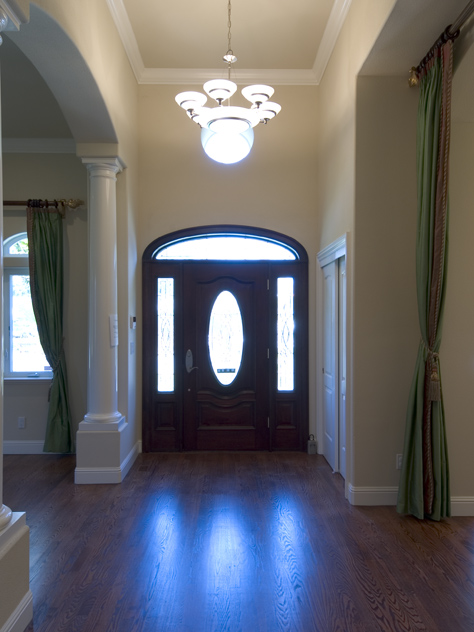 Entrance  - 186 Monroe Dr