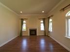 186 Monroe Dr, Palo Alto 94306 - Living