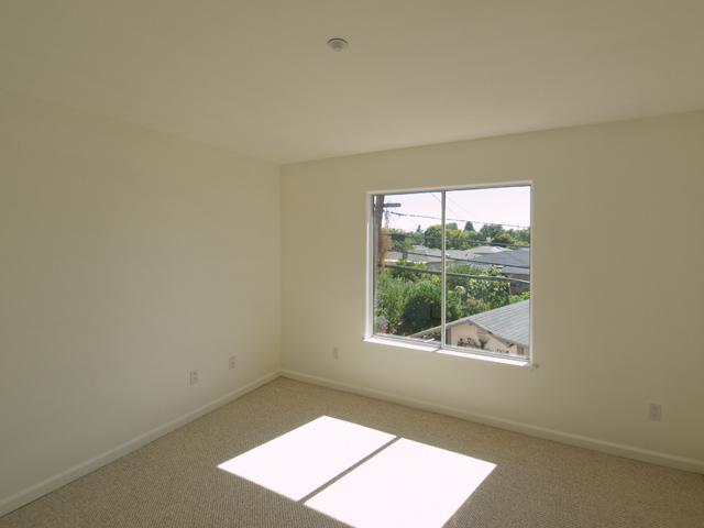 Living Room - 3551 Sunnydays Ln