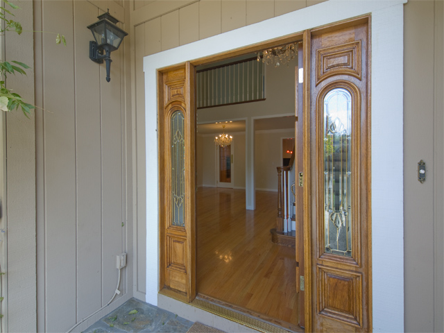 Entrance View  - 1305 Miravalle Ave
