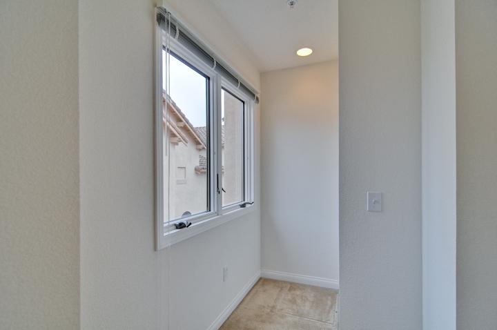 Master Bedroom (C) - 338 Bryant St