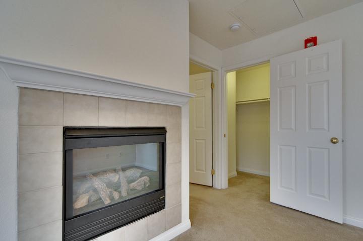 Master Bedroom (F) - 338 Bryant St