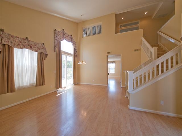 Living Room (B) - 5807 Chambertin Dr