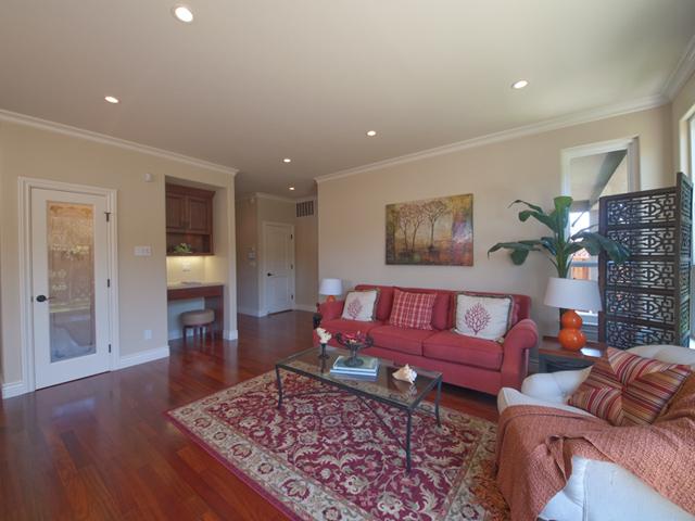 Family Room (B) - 3106 David Ave