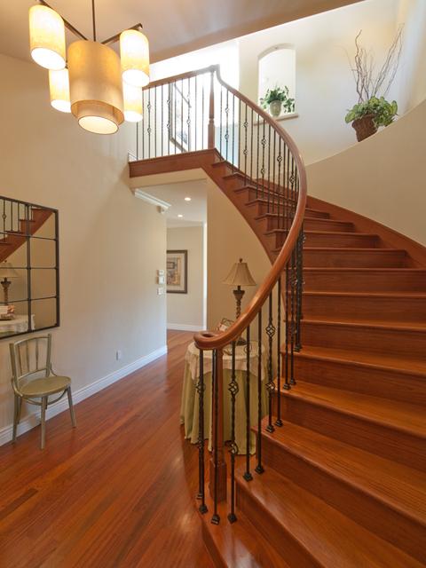 Stairs (B) - 3106 David Ave