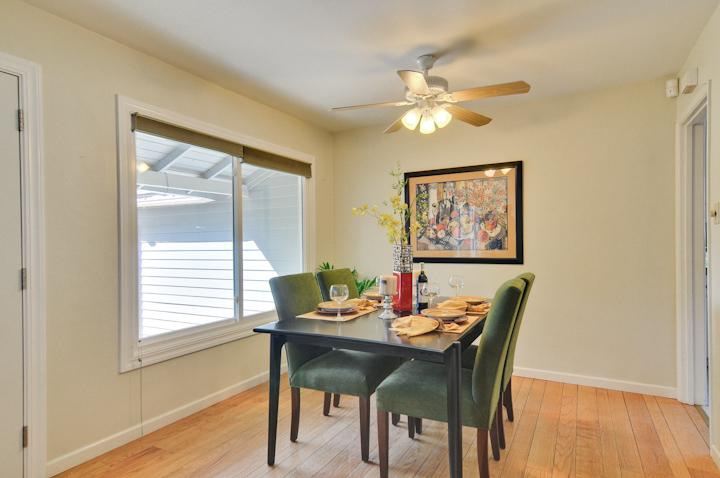 Dining Room (B) - 300 Monroe Dr