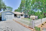 300 Monroe Dr, Mountain View 94040 - Front Yard (F)
