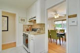 300 Monroe Dr, Mountain View 94040 - Kitchen (C)