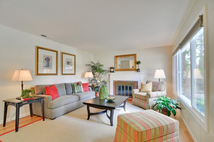Living Room (A) - 300 Monroe Dr