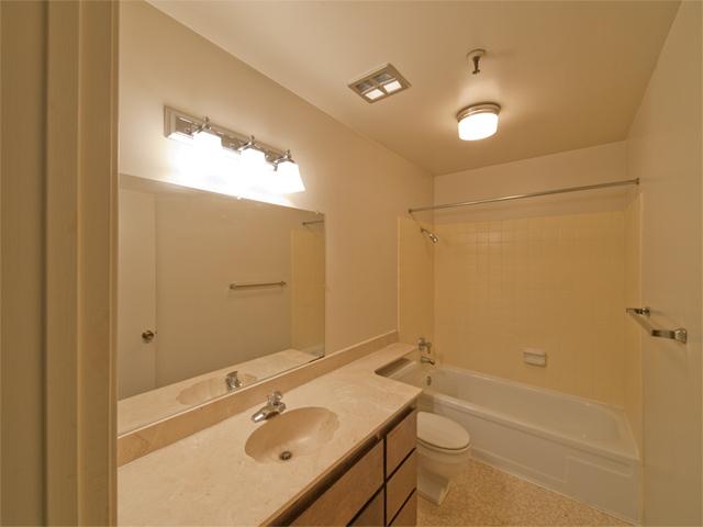 Bath 1 (A) - 49 Showers Dr W302