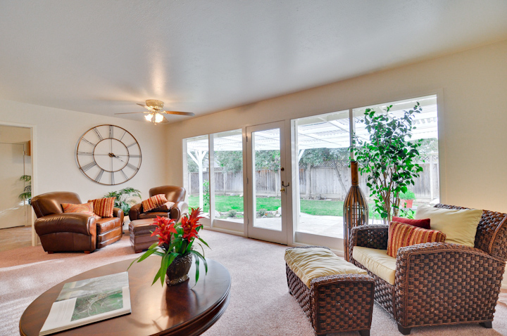 Living Room (B) - 1226 Susan Way