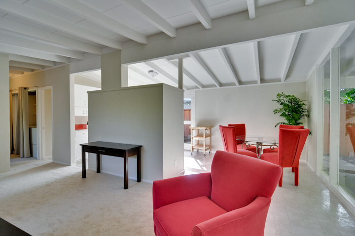 Living Room (D) - 2428 Laura Ln