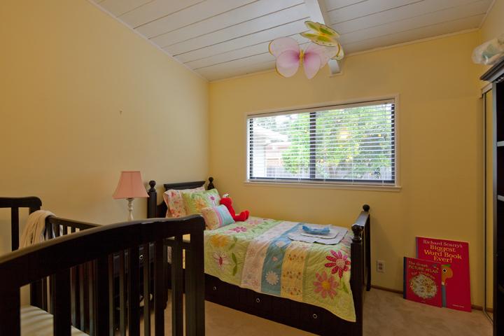 Bedroom 2 (A) - 72 Lorelei Ln