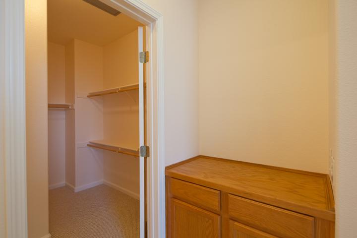 Master Closet 1 (B) - 150 Montelena Ct