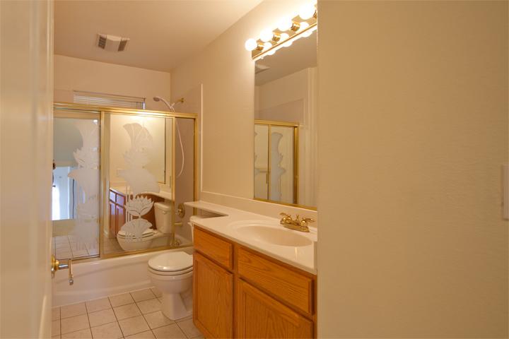 Bathroom 1 (A) - 3557 Sunnydays Ln
