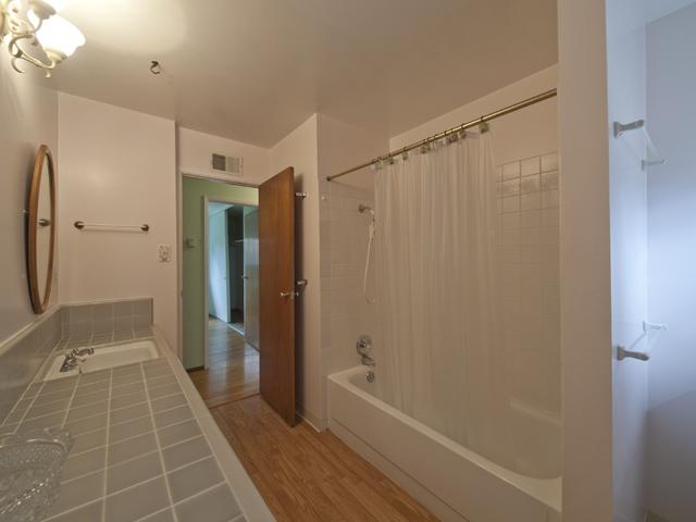 Bath (A)