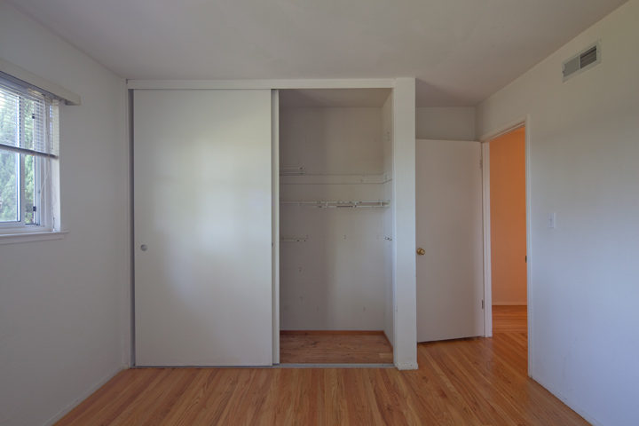 Bedroom 1 (B) - 1474 Wildrose Way
