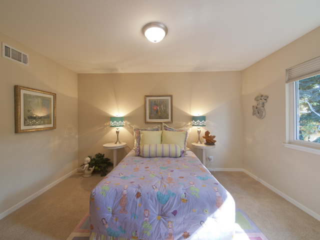 Bedroom 2 (B) - 709 Charleston Ct