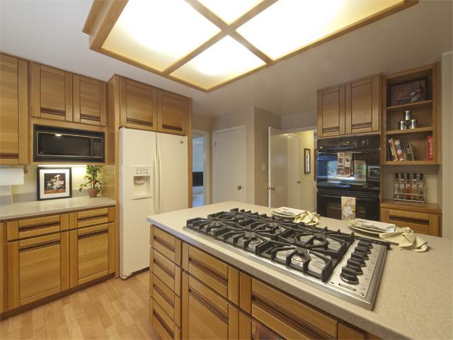 Kitchen (D) - 709 Charleston Ct