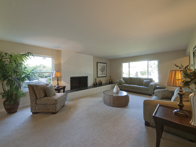 Living Room (C) - 709 Charleston Ct