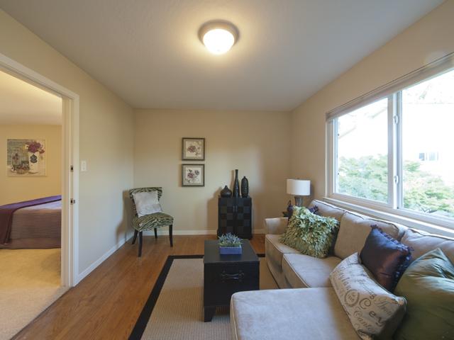 Sitting Room (B)