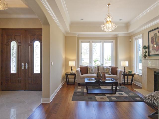 Living Room Entrance (A)
