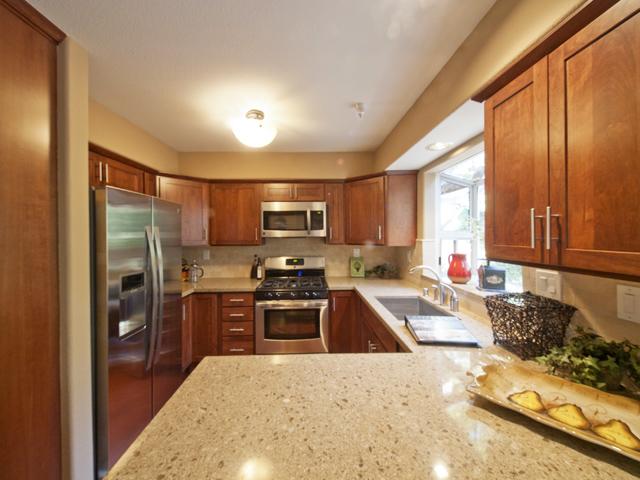 Kitchen (A) - 125 Gladys Ave