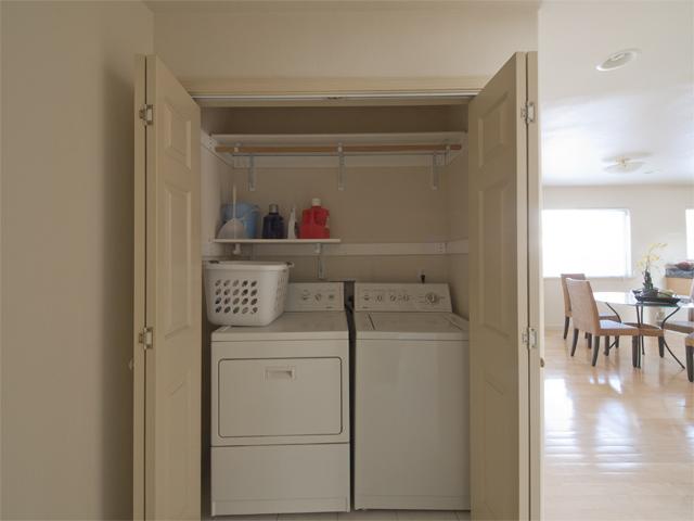 Washer Dryer  - 10577 Johansen Dr