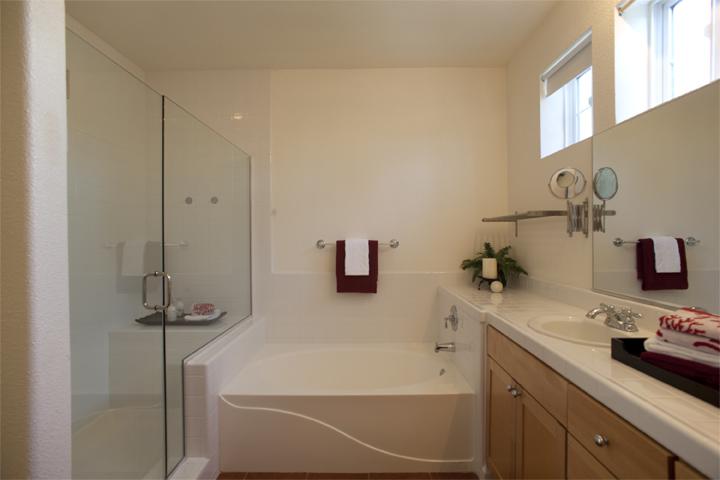 Bath 1 (B)