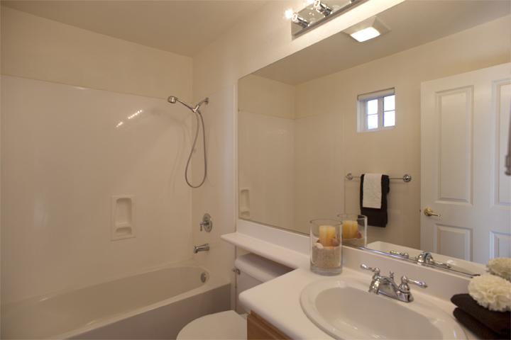 Bath 2 (A)