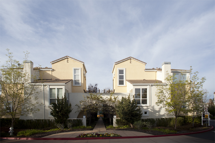 100 Montelena Ct, Mountain View 94040
