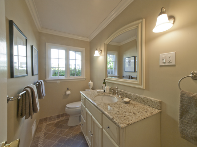 Master Bath (A) - 1458 Pitman Ave
