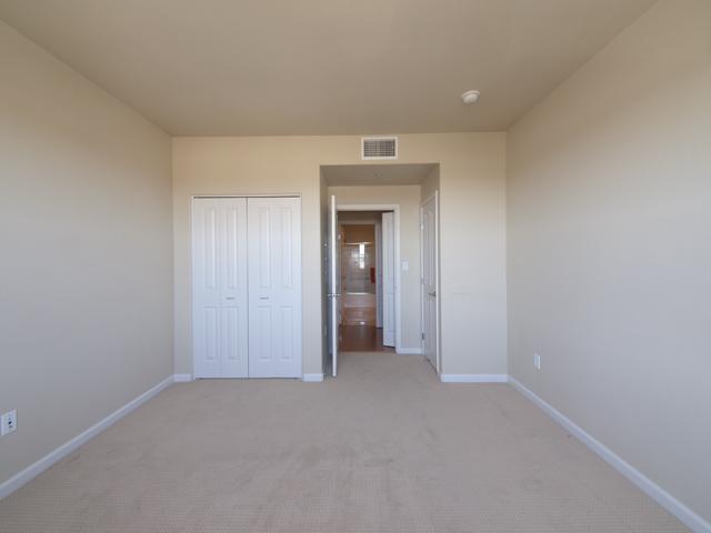 Bedroom 2 (B) - 20500 Town Center Ln 265