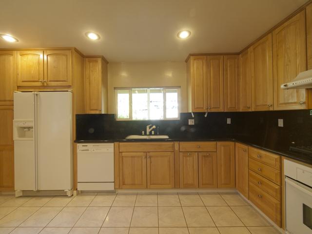 Kitchen (D) - 144 Walter Hays Dr