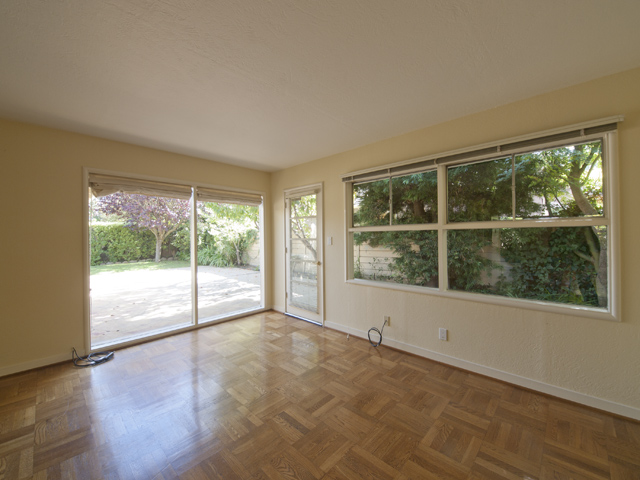Living Room (C) - 144 Walter Hays Dr