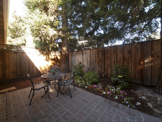 Patio (A) - 2116 Windrose Pl