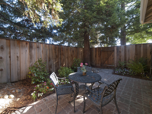 Patio (C) - 2116 Windrose Pl