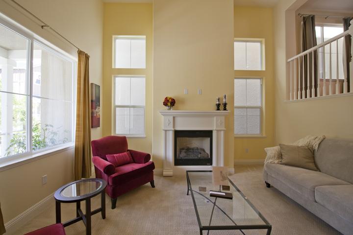 Living Room (A) - 139 Azalea Dr