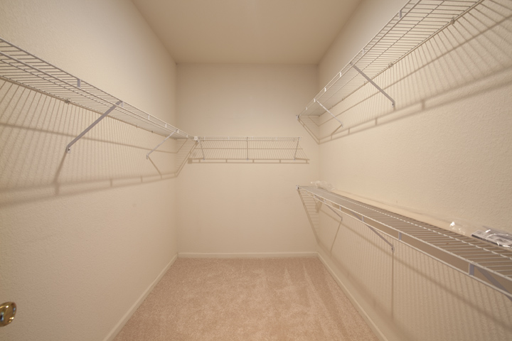 Master Walk In Closet  - 10 Dockside Cir