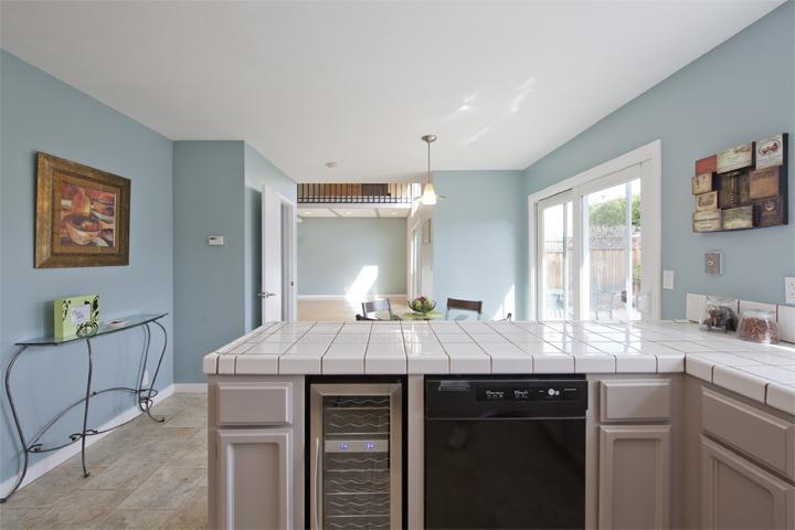 Kitchen (B) - 1103 Doyle Pl