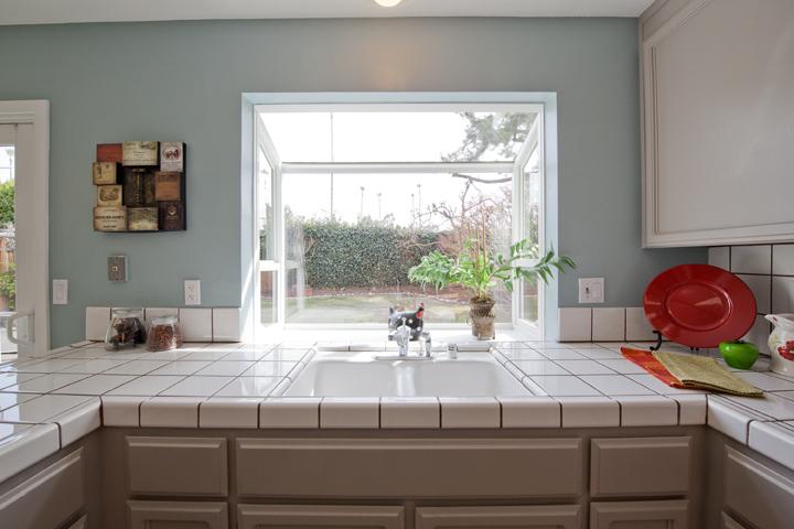 Kitchen Sink (A)