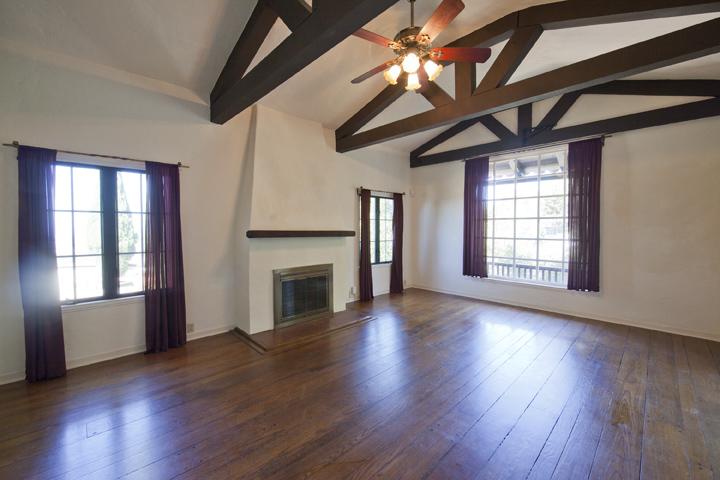 Living Room - 1826 Hillman Ave