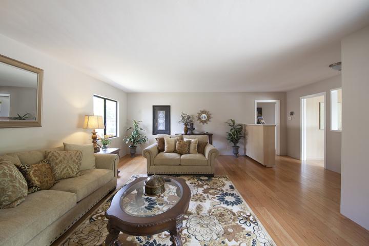 Living Room (B) - 517 Los Ninos Way