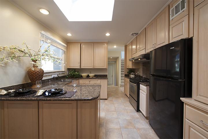Kitchen (B) - 20355 Orchard Rd