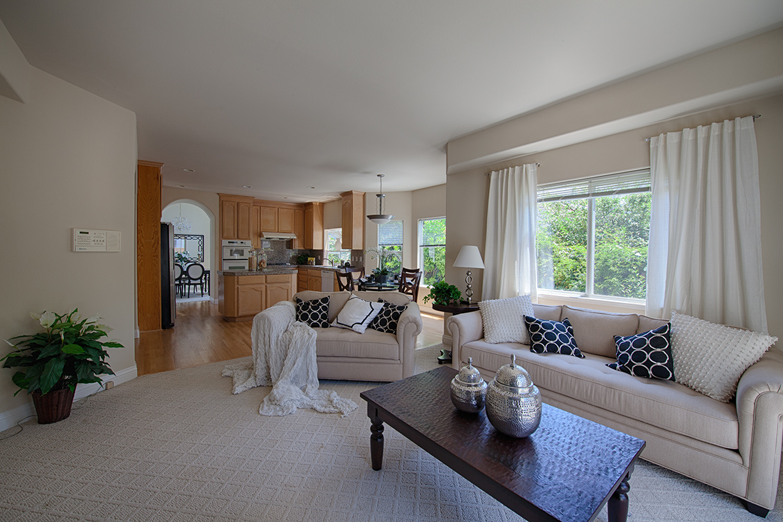Family Room picture - 19050 Pendergast Ave, Cupertino 95014