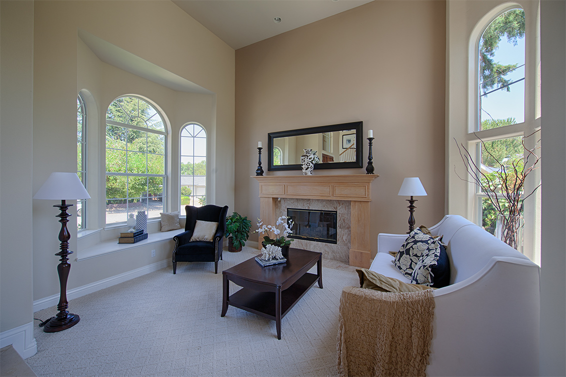 Living Room picture - 19050 Pendergast Ave, Cupertino 95014