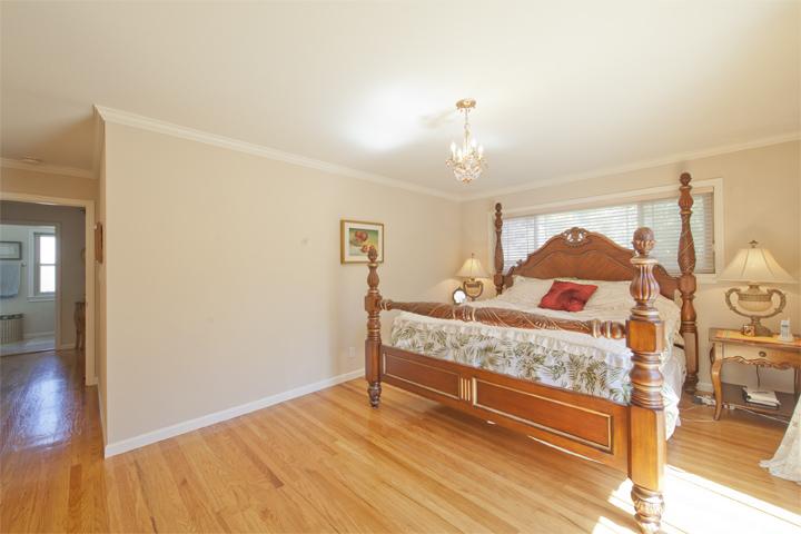 Master Bedroom (A) - 7960 Sunderland Dr