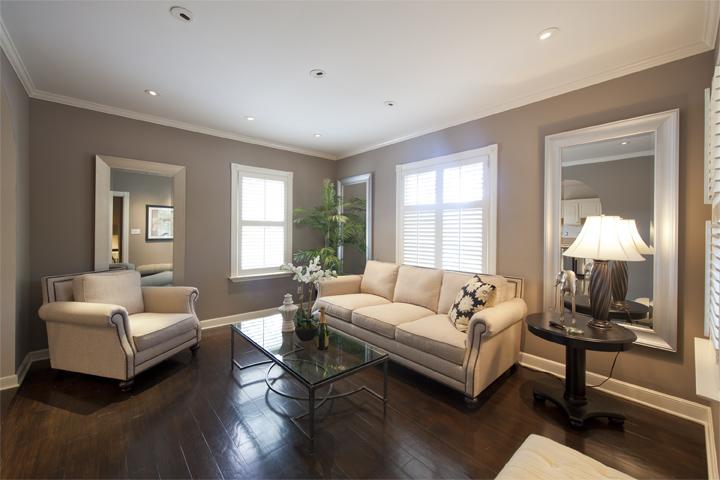 Living Room (A) - 642 Webster St